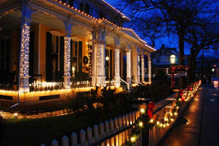 Should I Wait Until After the Holidays to Sell My Home?