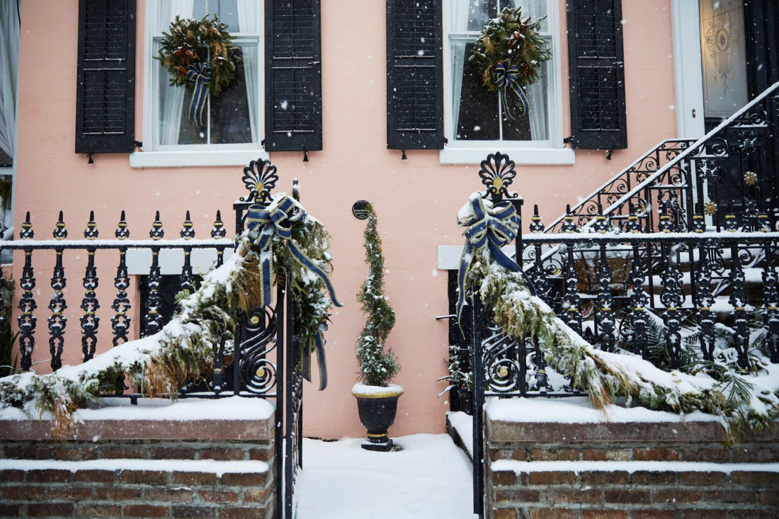 Scenes from a Rare Snowy Day in Charleston