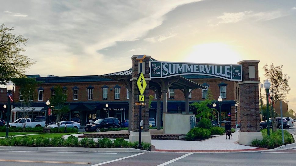 Neighborhood Guide: Summerville